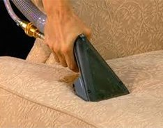 upholstery cleaning: a powerful and effective machinery removing dirt and grease adhered to your fabrics